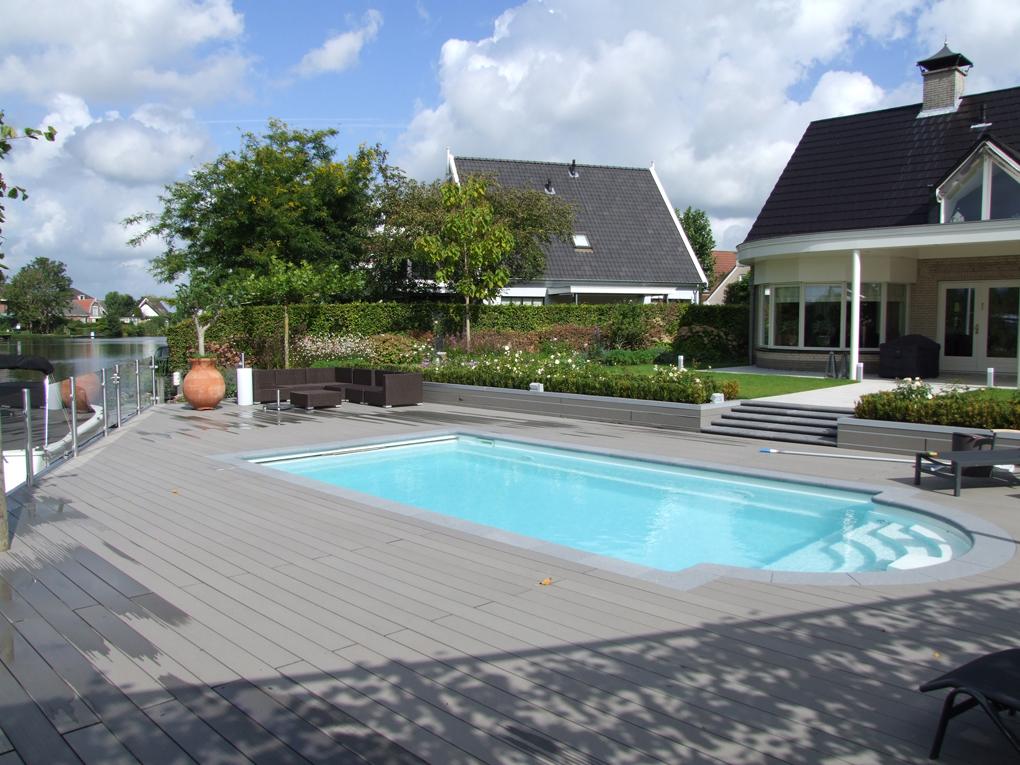 Aanleg tuin inclusief zwembad hoveniersbedrijf striegel for Zwembad plaatsen in tuin